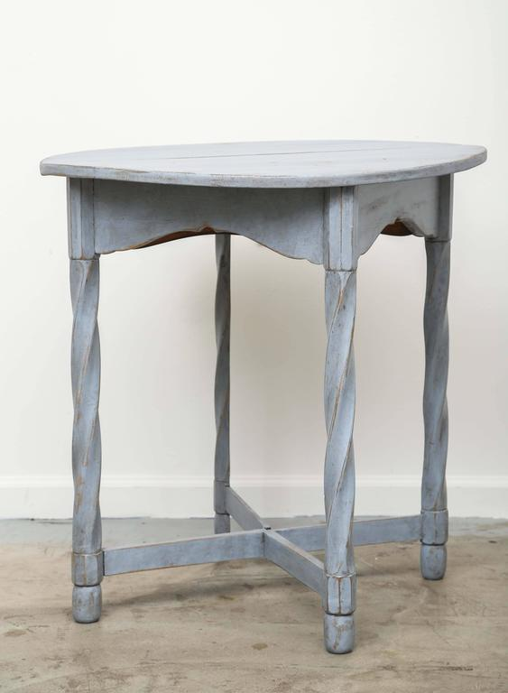 Antique Swedish Painted Small Round Drop Leaf Table, Mid 19th Century 2