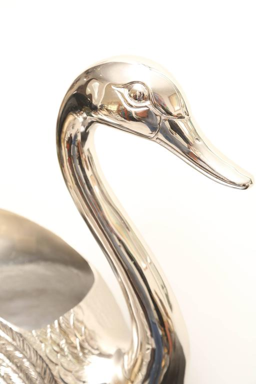 Large Silver Plated Swan Wine Cooler In Good Condition For Sale In West Palm Beach, FL