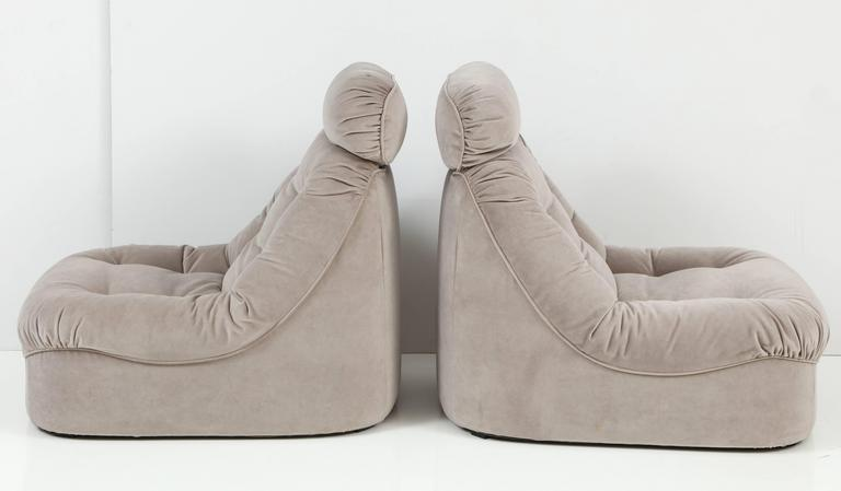 Pair of Mid-Century Modern Lean Back Loungers in Grey Velvet 4