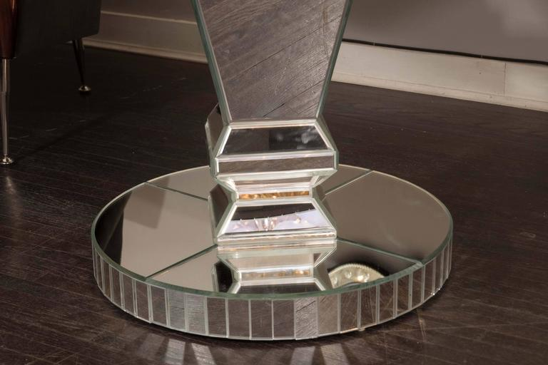 Custom Round Mirrored Dining Table In Excellent Condition For Sale In New York, NY