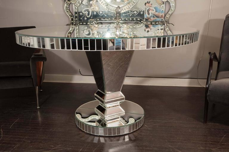 custom round mirrored dining table for sale at 1stdibs. Black Bedroom Furniture Sets. Home Design Ideas