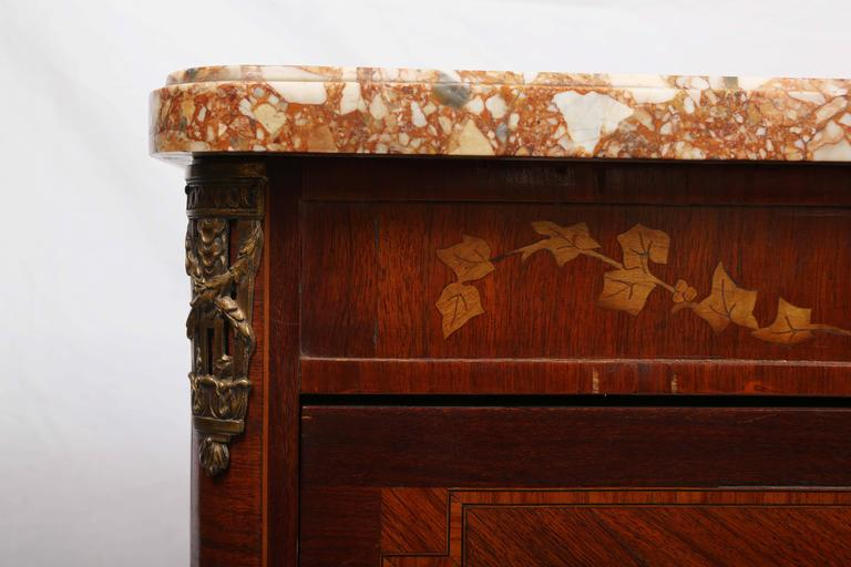 19th Century French Petite Commode In Good Condition For Sale In West Palm Beach, FL