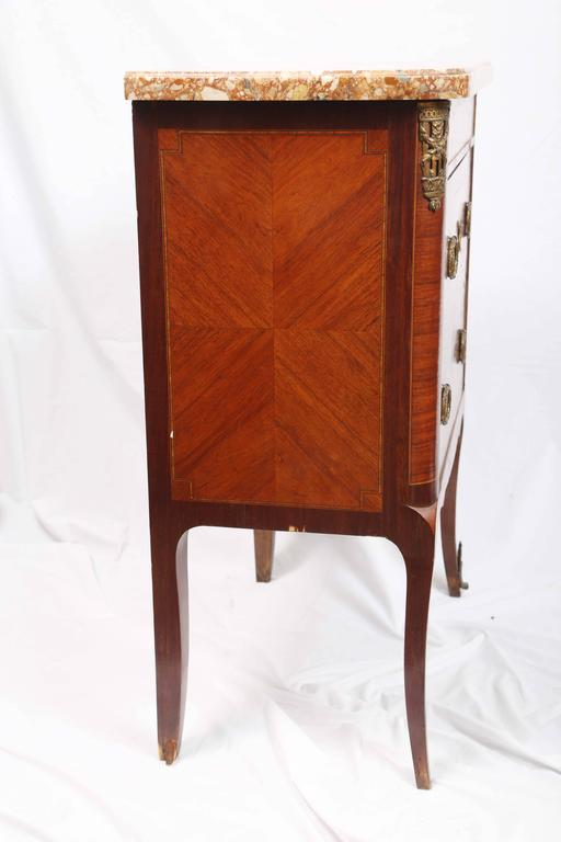 19th Century French Petite Commode For Sale 2