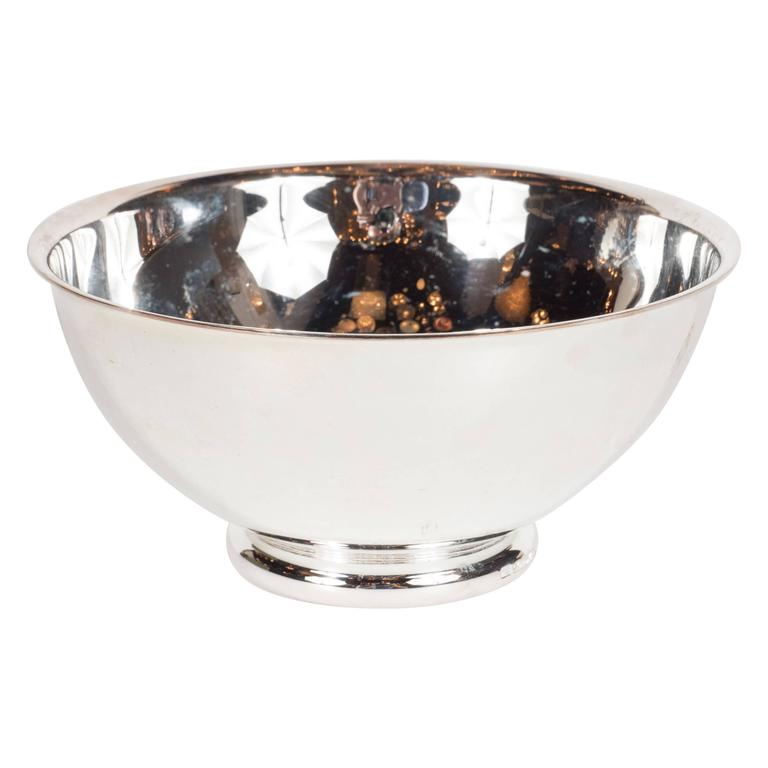 vertigo bowl in silver plate with curved lip and base signed christofle for sale at 1stdibs. Black Bedroom Furniture Sets. Home Design Ideas