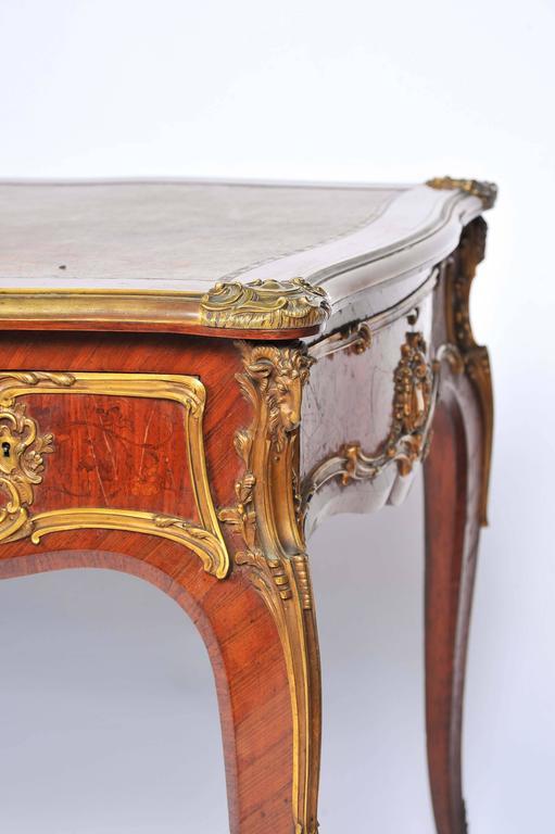 Fine Louis XV Style Bureau Plat by Zweiner In Good Condition For Sale In Brighton, Sussex