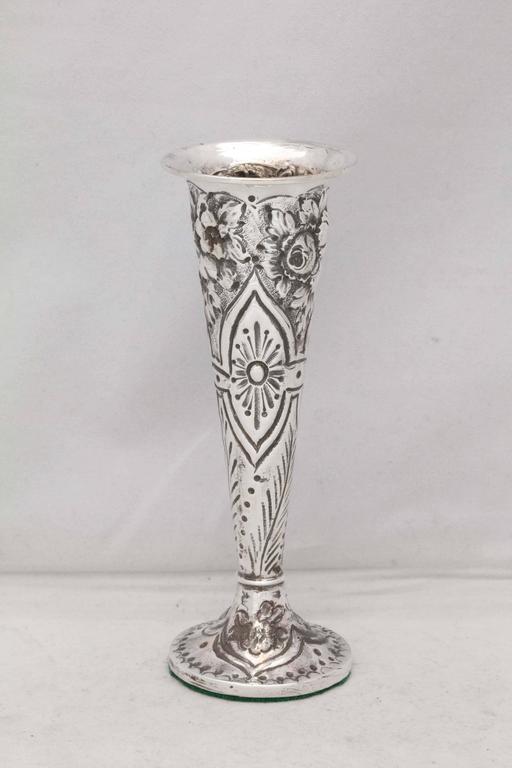 Victorian, sterling silver bud vase, London, 1896, George Gillet - maker. @5 3/4