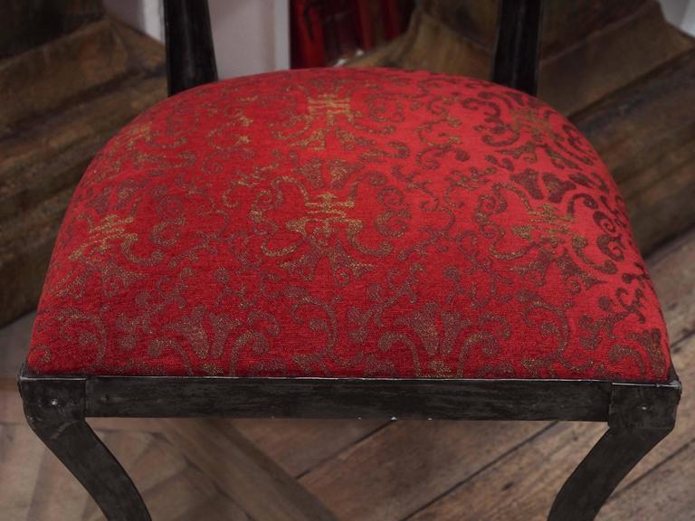 Set of Four Rare Klismos Dining Chairs 4
