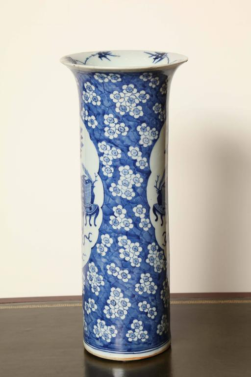 19th Century Japanese Blue and White Cylinder Vase For Sale 2