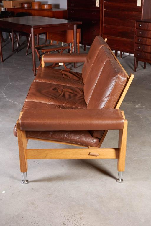 Mid Century Brown Leather Sofa by Hans Wegner 4
