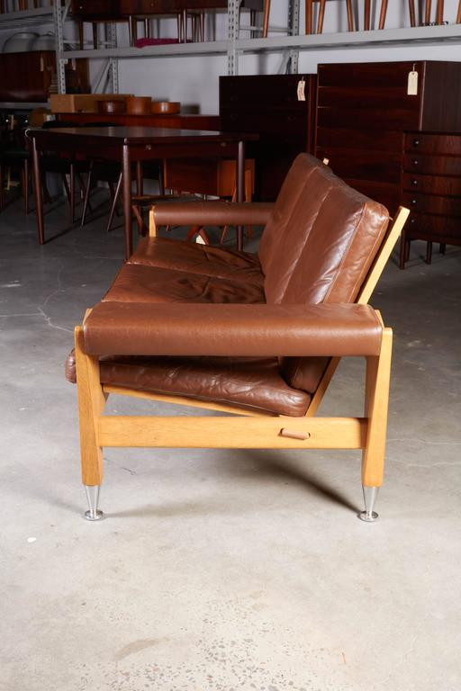 Mid Century Brown Leather Sofa by Hans Wegner 5