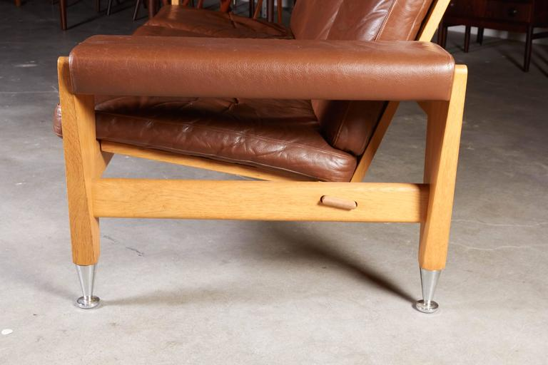 Mid Century Brown Leather Sofa by Hans Wegner 7