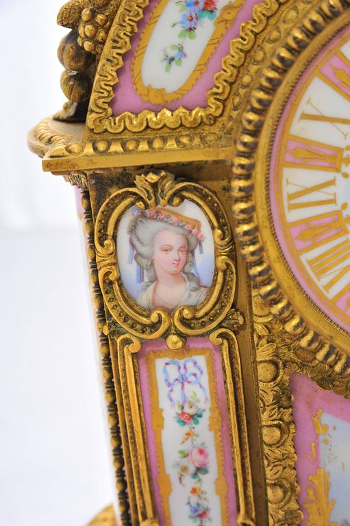 19th Century Pink 'Sevres' Porcelain Mantel Clock In Good Condition For Sale In Brighton, Sussex