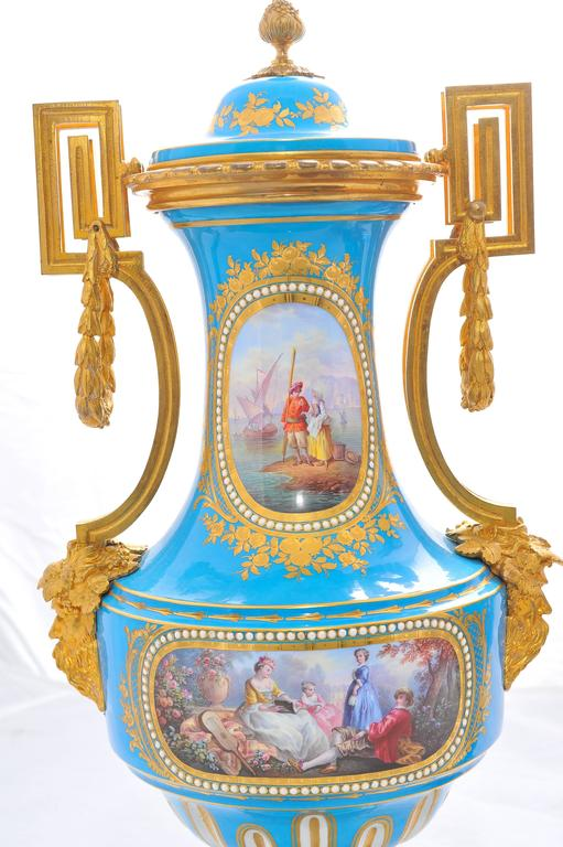 French Pair of 19th Century 'Sevres' Classical Vases For Sale