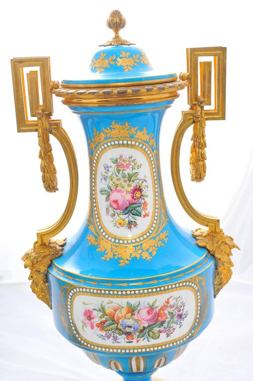 Pair of 19th Century 'Sevres' Classical Vases For Sale 2