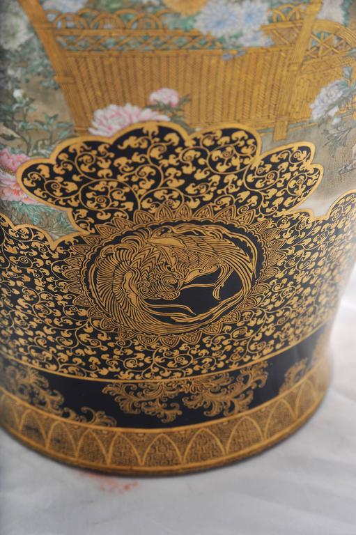 Large 'Kinkozan' Satsuma Vase In Excellent Condition For Sale In Brighton, Sussex