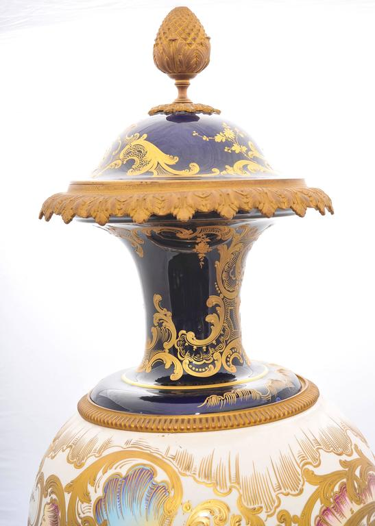 French Large 19th Century 'Sevres' Lidded Vase For Sale
