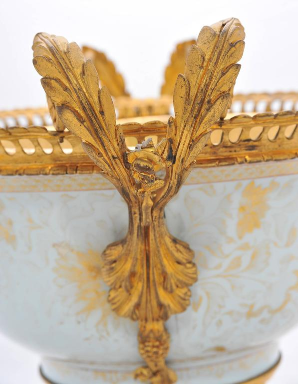 18th Century Chinese Export Ormolu Mounted Bowl For Sale 1