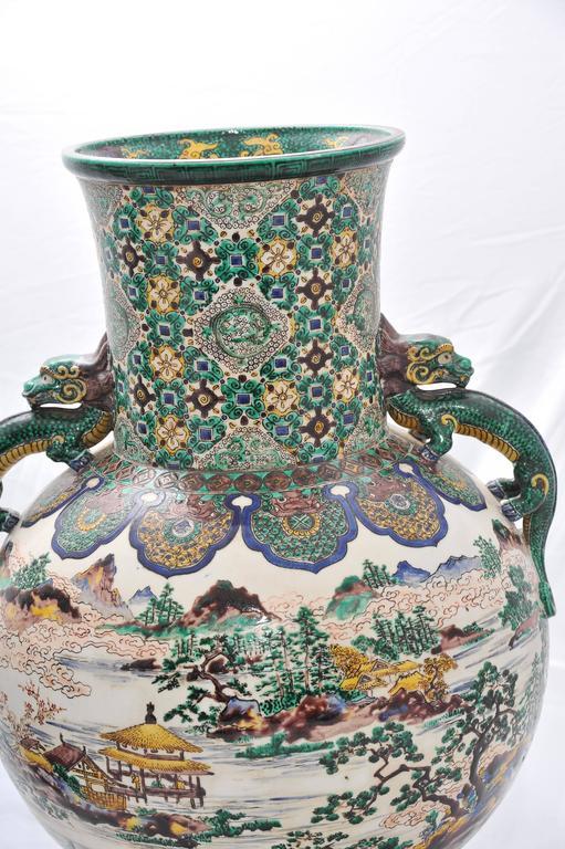 Japanese Large Pair of 19th Century Kutani Vases For Sale