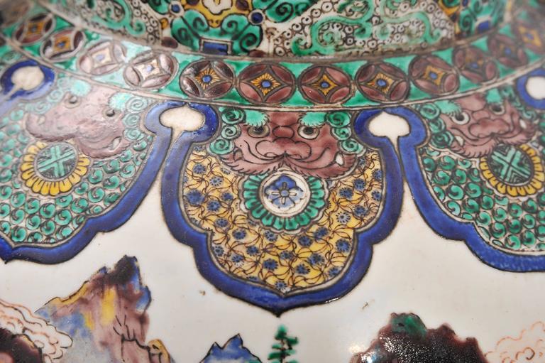 Large Pair of 19th Century Kutani Vases For Sale 2