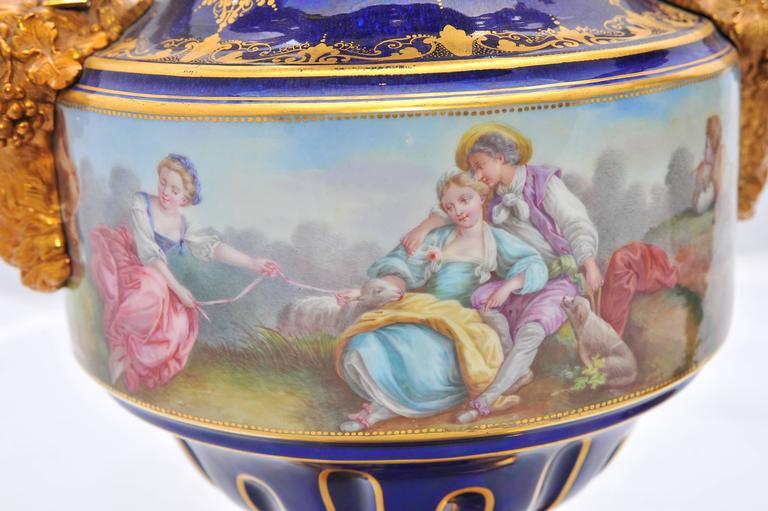 19th Century Pair of Antique Sèvres Vases For Sale