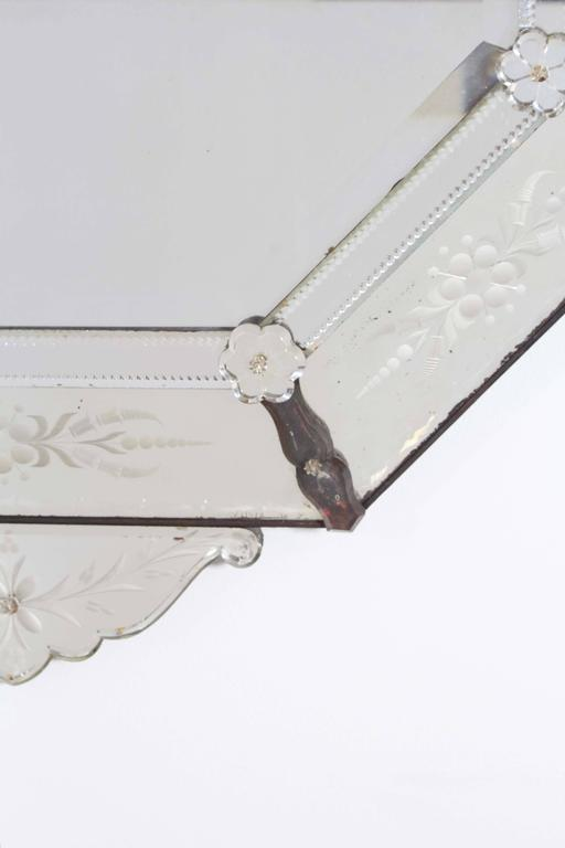 Beveled Hollywood Regency Venetian Octagonal Wall Mirror For Sale