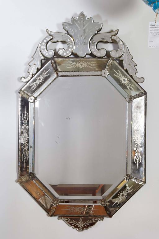 20th Century Hollywood Regency Venetian Octagonal Wall Mirror For Sale