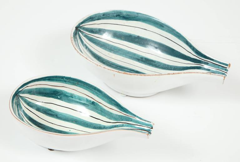 Mid-Century Modern Raymor Ceramic Bowls, Pair For Sale