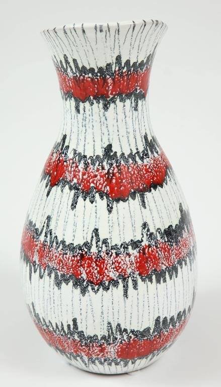 Ceramic Pitcher, Italy, Midcentury, Red, White and Black, circa 1950, Vintage In Good Condition For Sale In New York, NY