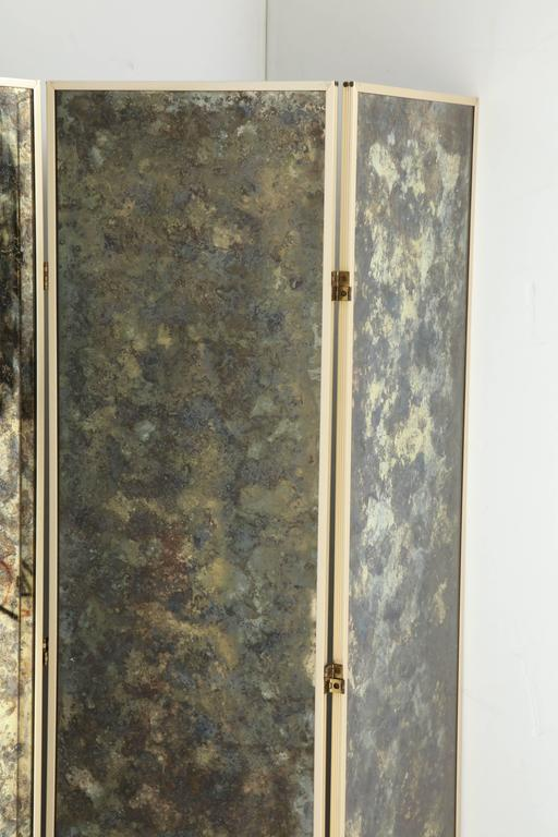 Fabulous 1940s Three-Panel Antiqued Mirror Folding Screen after Frances Elkins In Excellent Condition For Sale In Washington, DC