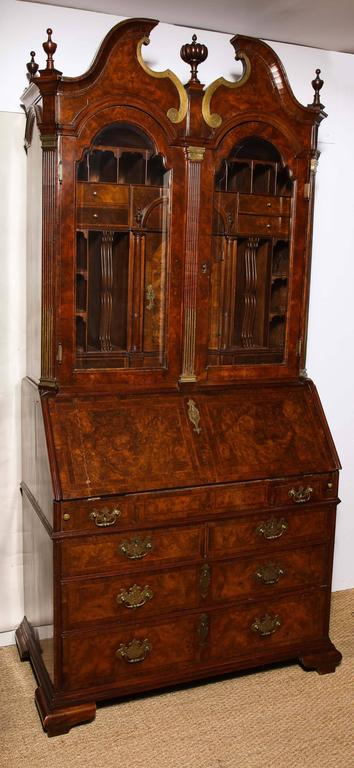baroque period burl walnut bureau bookcase for sale at 1stdibs. Black Bedroom Furniture Sets. Home Design Ideas