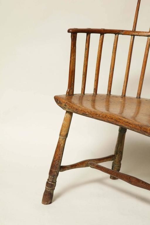 Folk Art 18th Century English Comb Back Windsor Armchair For Sale