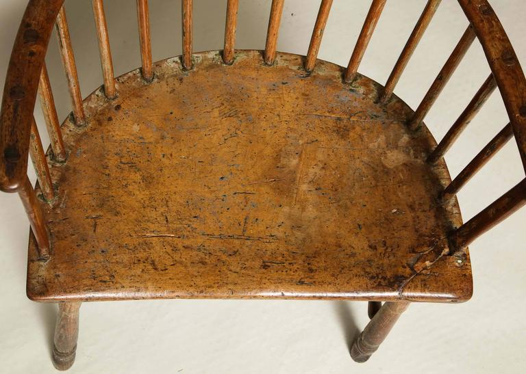 Late 18th Century 18th Century English Comb Back Windsor Armchair For Sale