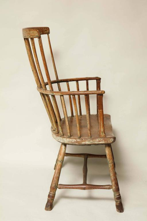 18th Century English Comb Back Windsor Armchair For Sale 1