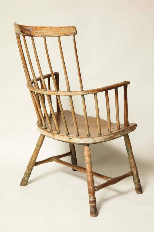 18th Century English Comb Back Windsor Armchair For Sale 3