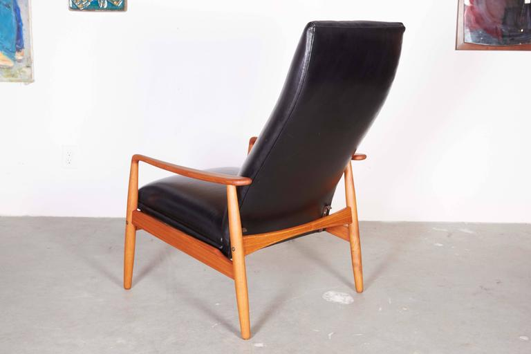 Mid Century Recliner Chair by Soren Ladefoged 6