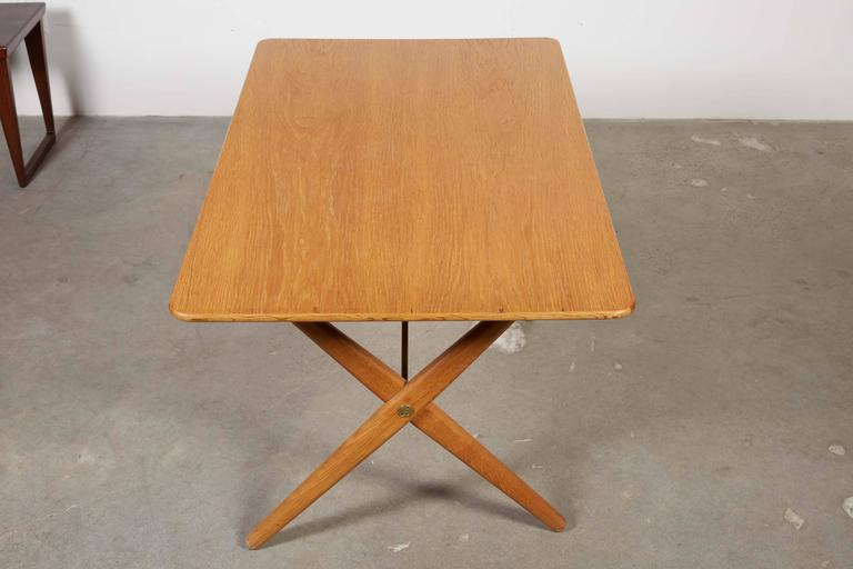 Mid Century Coffee Table by Hans Wegner,  AT308 with Crossed Legs 5