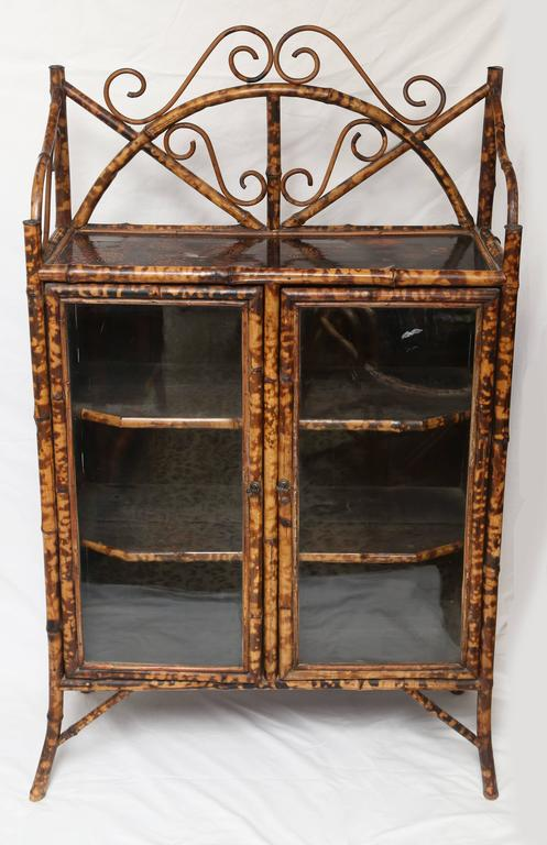 19th Century English Bamboo Cabinet or Bookcase In Good Condition For Sale In West Palm Beach, FL