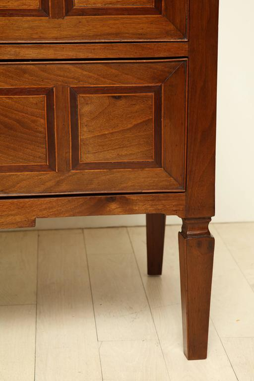 Early 19th Century Italian Two-Drawer Walnut Inlaid Commode 3