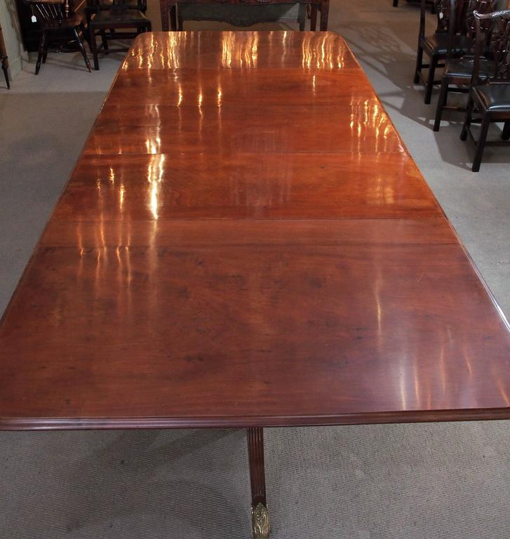 Antique English George III style dining table, mahogany.