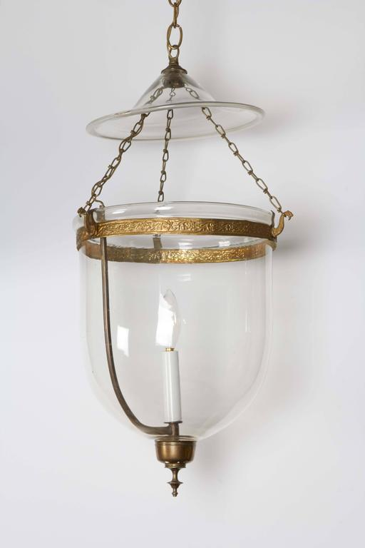 Pair of George III Style Brass Hall Lanterns In Excellent Condition For Sale In New York, NY