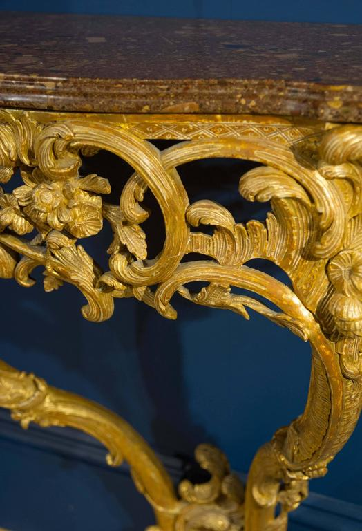 Late 18th Century Giltwood Console Table with Marble Top For Sale 1