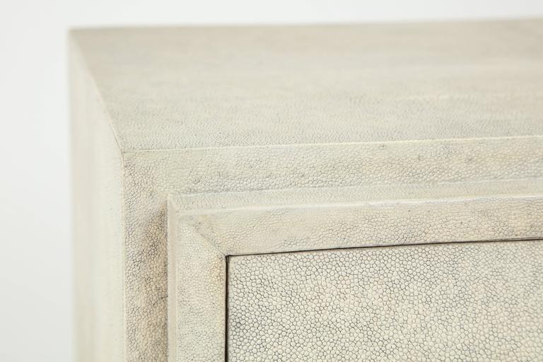 Shagreen Side Tables or Nightstands, France, Cream Colored Shagreen In New Condition For Sale In New York, NY