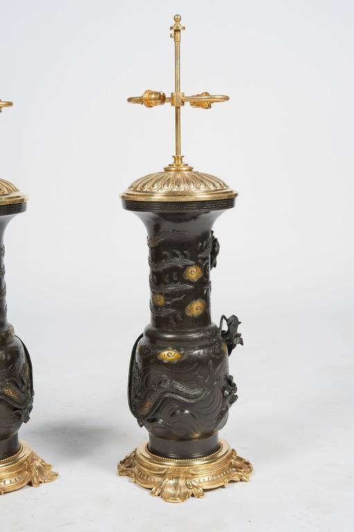 Large Pair of Japanese 19th Century Bronze Vases / Lamps In Good Condition For Sale In Brighton, Sussex