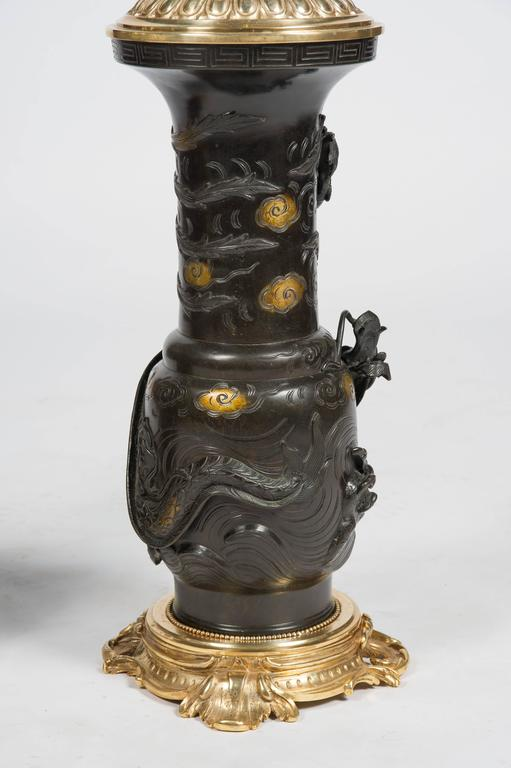 Large Pair of Japanese 19th Century Bronze Vases / Lamps For Sale 1