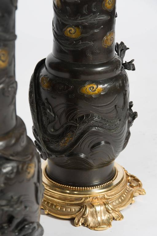 Large Pair of Japanese 19th Century Bronze Vases / Lamps For Sale 6