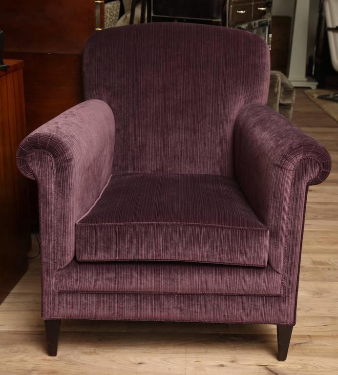 Mid-20th Century English Armchair For Sale