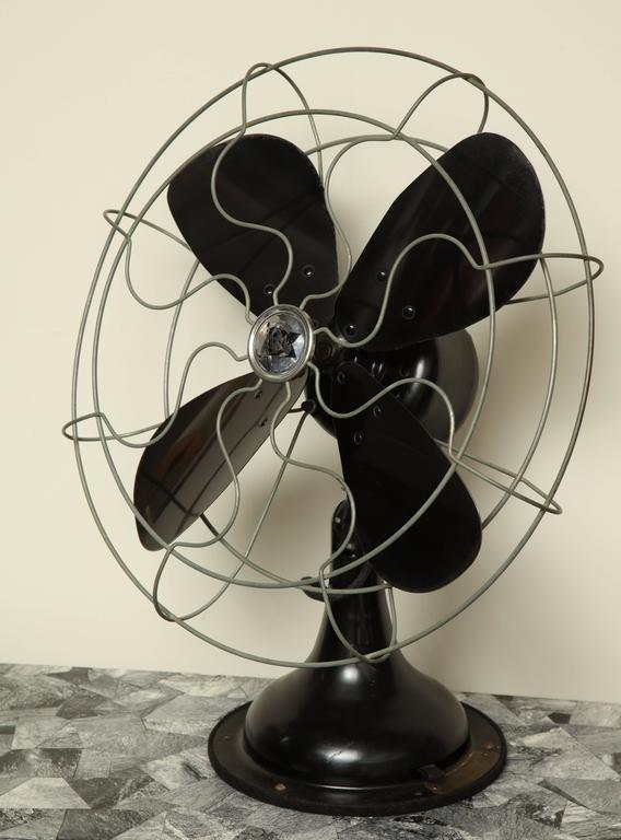 Robbins & Myers Fan In Good Condition For Sale In New York, NY