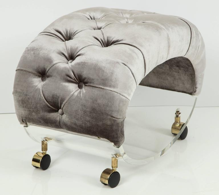 Late 20th Century Rare Mid-Century Modern Lucite Stool with Tufted Velvet and Brass Casters For Sale
