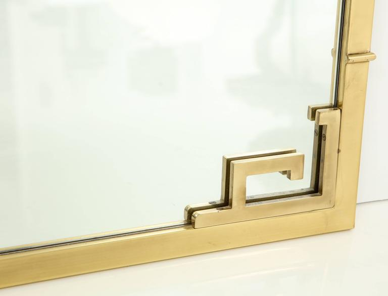 Large Italian Mid-Century Modern Greek Key Brass Wall Mirror For Sale 1
