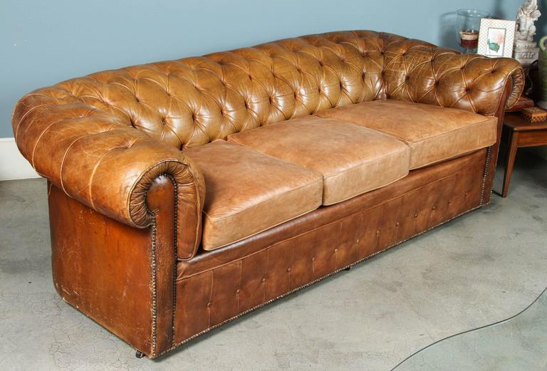 1960s Leather Chesterfield Sofa 7